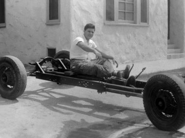 EIC_002_Tryin-out-the-Chassis