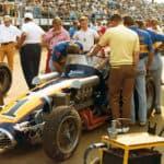 LSS_294_Unser-in-Johnny-Lightning-Car-71